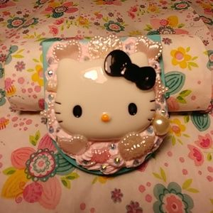 Hello Kitty Decoden Frosted Compact Mirror